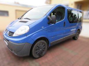 Bérelhető Renault Trafic 2,0 Dízel 9 személyes kisbusz