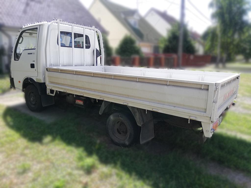 Bérelhető platós kisteherautó Kia k2500