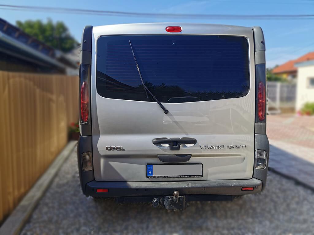 Bérelhető kisbusz opel vivaro